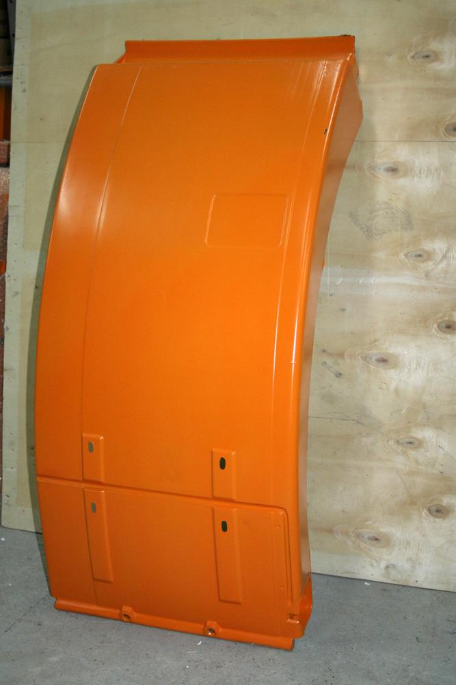 Крыло F2000 правое (брызговик) оранжевый 81.66410.0353 SHAANXI